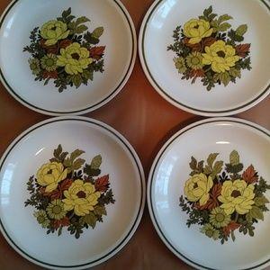 Retired Mayflower Design Dinner Plates